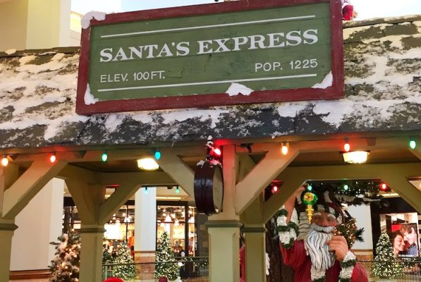 10 Not-To-Miss Holiday Events in Costa Mesa