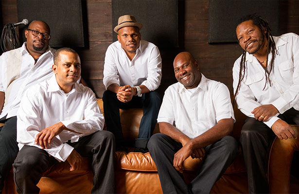 Summer Sounds on the Plaza: Upstream Music at Segerstrom Center for the Arts